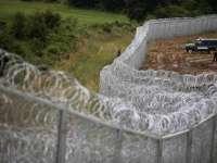 Ungaria va construi un gard de 4 metri de-al lungul frontierei cu Serbia pentru a opri imigrația ilegală