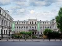 Unii fac milioane de euro din comerțul cu artă din muzeele României