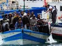 Uniunea Europeană cere Italiei să amprenteze toți migranții, cu forța dacă este cazul