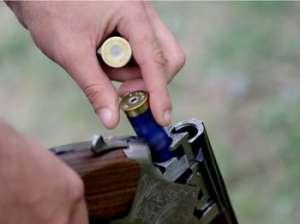 Călineşti: Uz de armă letală fără drept
