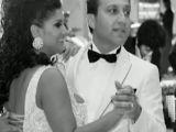 Văduva milionarului Nae Nicolae umblă cu un manelist după ce a vândut toată averea