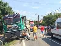VIDEO - ACCIDENT: A adormit la volan și a intrat în coliziune cu o autoutilitară condusă regulamentar