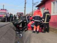 VIDEO: ACCIDENT PE DN17 - O femeie a murit și o cântăreaţă de muzică populară a ajuns la spital