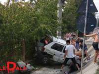 VIDEO - Accident rutier grav lângă drumul spre aeroport din cauza exploziei unui cauciuc