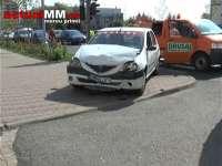 VIDEO: BAIA MARE - Un taximetrist grăbit a băgat în spital doi oameni