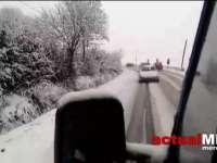 VIDEO: BĂTAIE DE JOC – Șoferi înzepeziți pe DN 18B în zona Târgu Lăpuș