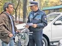 VIDEO - Biciclişti fără reguli: ce legi trebuie să respecte bicicliștii în trafic