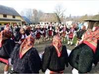 VIDEO – Crăciun în Maramureș: Cum își așteaptă pensiunile turiștii