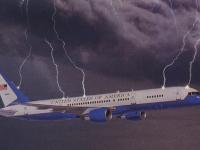 VIDEO - Două avioane au fost lovite de fulgere pe aeroportul din Seattle