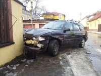 VIDEO & FOTO: Sighet - Două mașini distruse în urma unui accident pe strada Mihai Eminescu