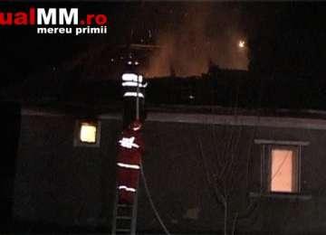 VIDEO: INCENDIU – O gospodărie din Mogoșești a fost cuprinsă de flăcări