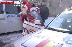 VIDEO - Moș Crăciun a venit la copii cu mașina Poliției