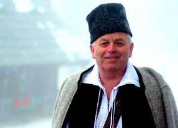 VIDEO - Nuțu Leordean îi colindă pe cititorii Sighet 247