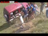 VIDEO – O femeie a fost rănită după ce a fost proiectată afară pe geamul mașinii la un OFF-ROAD LA POIANA BOTIZEI