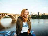 VIDEO: O musulmancă cu văl în paginile revistei Playboy