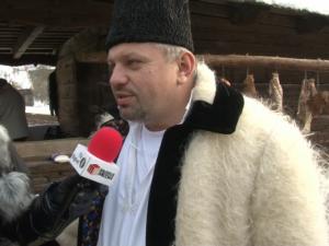 VIDEO - Peste 40 de familii din Valea Cufundoasă au rămas în miez de iarnă fară curent electric din cauza lucrărilor efectuate la herghelia Primarului Ovidiu Nemeș