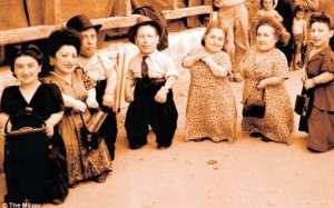 VIDEO: Povestea celor șapte pitici din Rozavlea, deportaţi la Auschwitz