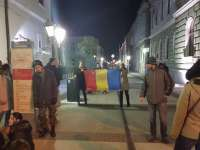 VIDEO: PROTESTE ÎN SIGHET - Zeci de sigheteni cer alungarea persoanelor corupte, inclusiv a primarului Ovidiu Nemeș