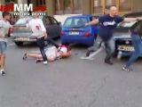 VIDEO ȘOCANT - Mai multi bărbați din Baia Mare s-au luat la bătaie în plină stradă