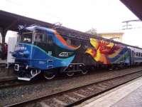"""VIDEO: Start la călătorii cu Trenurile Soarelui cu Locomotiva """"Pasărea Măiastră"""" - Artă neconvențională"""