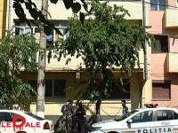 VIDEO: TENTATIVĂ DE SUICID - O tânără de 22 ani s-a aruncat de la etajul 2 al unui bloc din Baia Mare