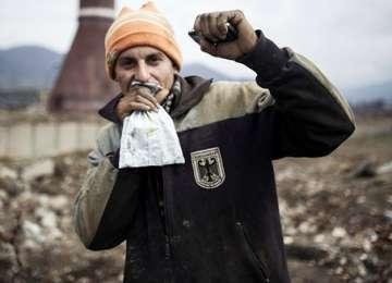 """VIDEO: The romanians are coming - Ţiganul maramureşean, """"vedeta"""" documentarului difuzat de Channel 4"""