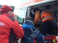 VIDEO - Un băiat accidentat după ce a căzut cu schiurile la Borșa