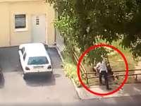 VIDEO - Un poliţist şi-a agresat soţia, asistentă medicală, în curtea Ambulanţei