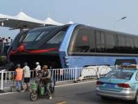 VIDEO: Un sistem inovator și nepoluant de transport în comun este testat în China