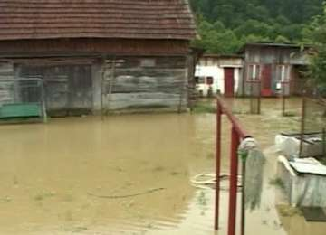 VIDEO - Zeci de case au fost inundate în România din cauza ploilor din ultima vreme