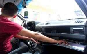 VIŞEU DE SUS: Trei minori au furat suma de 3150 lei dintr-un autoturism aflat în curtea unei locuinţe