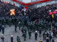 Violențe la Hamburg: 76 de polițiști răniți în ciocnirile dintre participanții la un marș împotriva summitului G20 și forțele de ordine