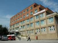VIȘEU DE SUS - Un muncitor a rămas fără un braț, după ce a fost prins într-o mașinărie de tocat lemne