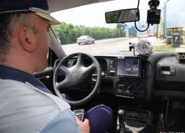 """VITEZA UCIDE - Poliția județului raportează că peste 9.000 de """"vitezomani"""" sancţionaţi de poliţişti în primele şase luni"""