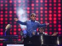 Vladimir Putin l-a sunat pe Elton John