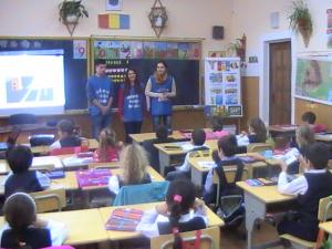 Voluntarii I.P.J. Maramureş i-au învăţat pe cei mici ce înseamnă siguranţa în trafic
