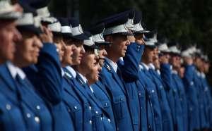 Zece cadeţi americani s-au pregătit timp de trei săptămâni alături de reprezentanţi ai Jandarmeriei Române