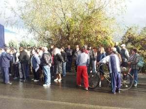 Zeci de persoane au protestat astăzi la Punctul de Trecere a Frontierei din Sighetu Marmaţiei