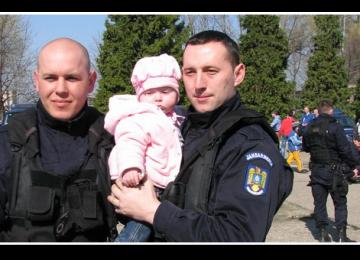 ZIUA PORŢILOR DESCHISE la Inspectoratul de Jandarmi Maramureș și la Jandarmeria Sighetu Marmației
