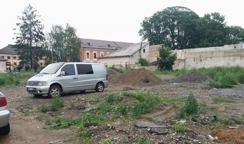 """ACTUALIZARE: SIGHETU MARMAŢIEI - Cadavru în putrefacție descoperit în apropiere de Colegiul Național """"Dragoș Vodă"""""""
