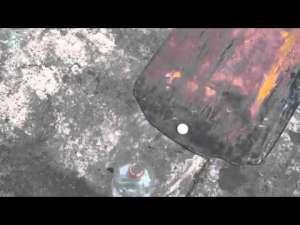 VIDEO - CULMEA MĂIESTIREI: A reușit să introducă o monedă într-o sticlă cu un... motostivuitor
