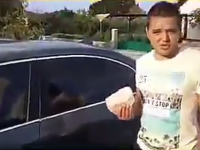VIDEO FUNNY - Ce face țăranul când pierde cheile de la BMW? Se chinuie cinci minute să...