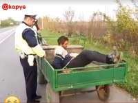 """VIDEO - """"Scuze, eram pe pilot automat"""" este explicația unui căruțaș care dormea în timp ce caii îl duceau acasă :))"""